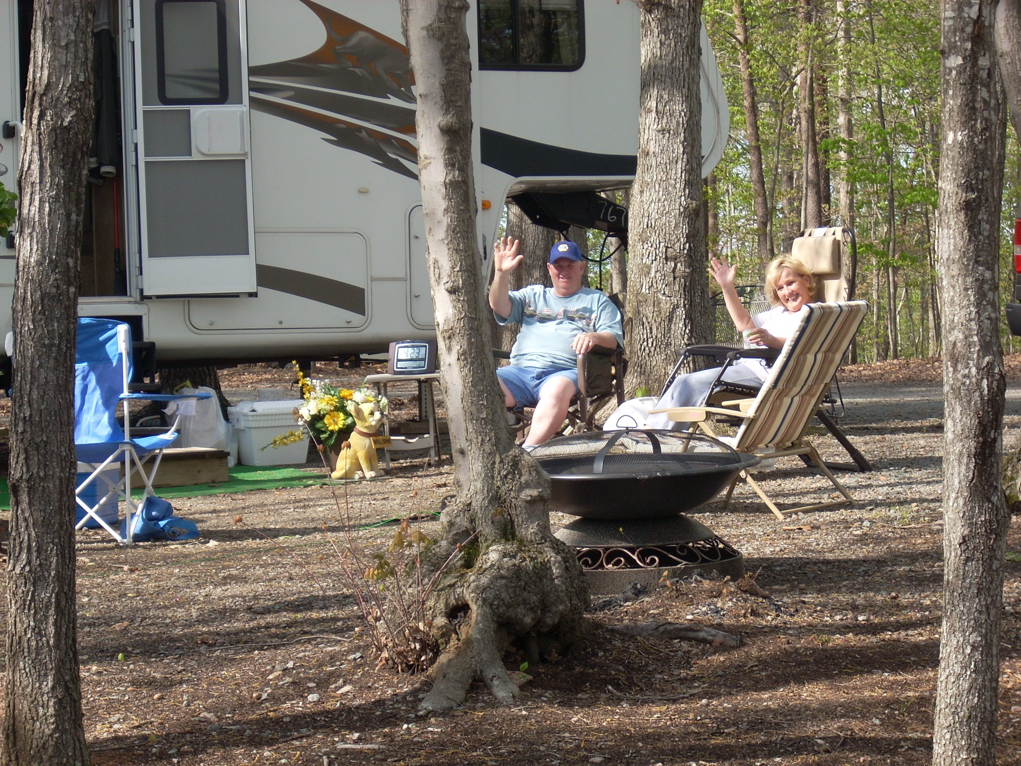 What does full hookup camping mean